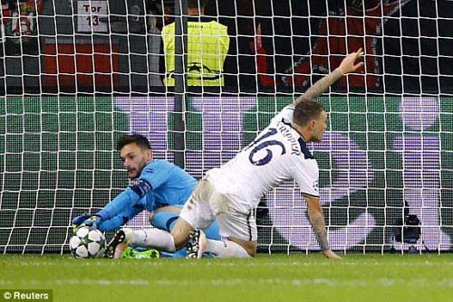 Leverkusen – Tottenham: Cứu tinh trên vạch vôi - 1