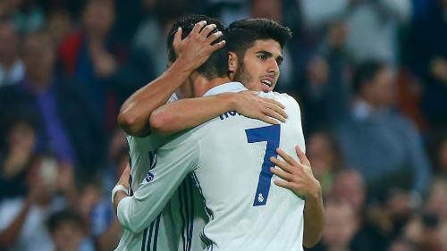 Real: Ronaldo chơi vì đồng đội, Zidane khen hết lời - 1