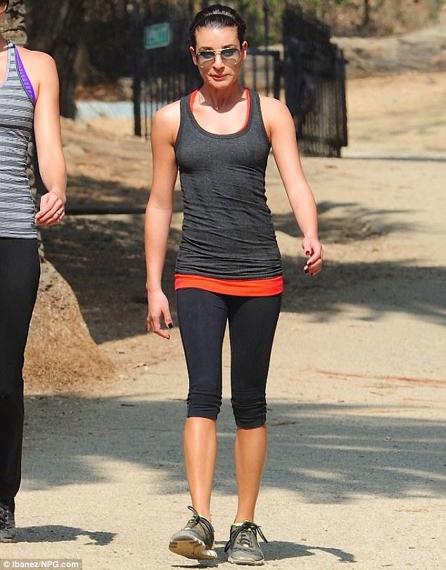 Ngôi sao phim Glee nóng bỏng ở tuổi 30 - 3
