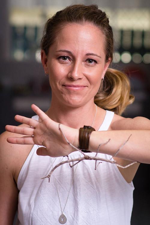Cô gái Mỹ có sở thích chơi đùa và nuôi nhện độc - 2