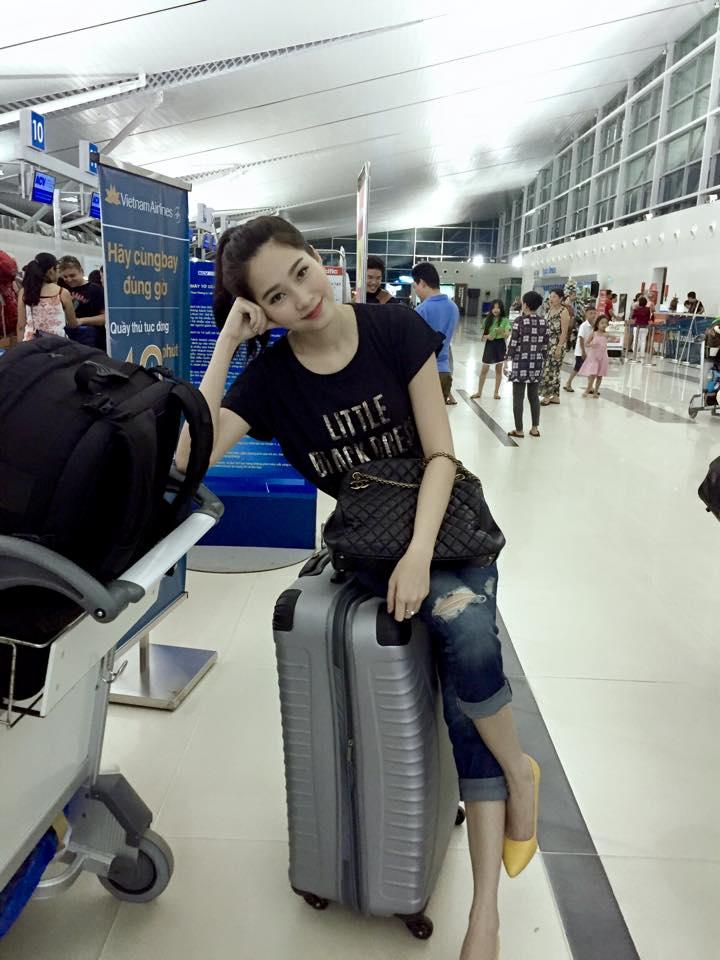 """Hễ ra sân bay, hoa - á hậu Việt lại mặc """"chất"""" thế này - 6"""