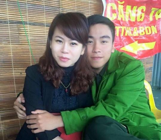 Mẹ 40 tuổi ở Hà Nội bị nhầm là bạn gái của con trai - 1