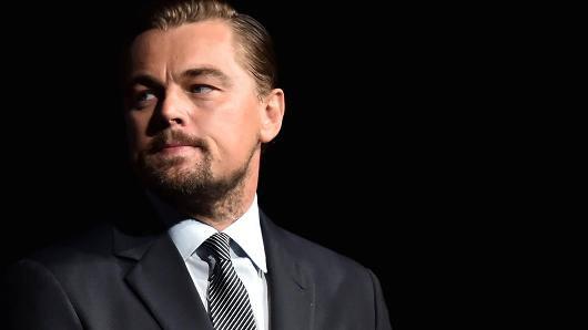 Tài tử Titanic vướng bê bối rửa tiền hàng tỷ đô ở quỹ từ thiện - 1