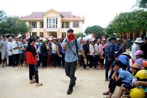 Sao Việt ngưỡng mộ hành động ý nghĩa của Phan Anh - 1
