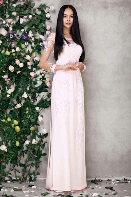 Sella Trương đẹp thanh tao với loạt áo dài cách tân - 11