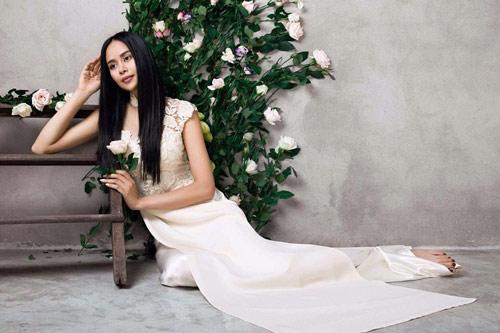 Sella Trương đẹp thanh tao với loạt áo dài cách tân - 12