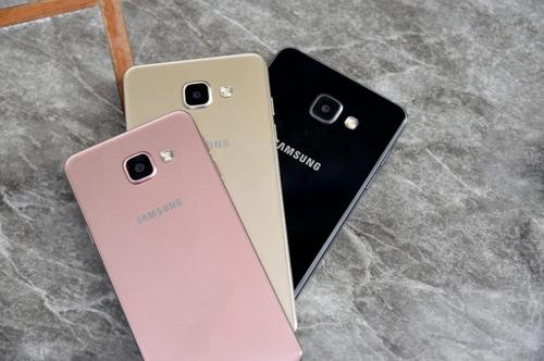 Top smartphone màu vàng hồng cho chị em ngày 20/10 - 5