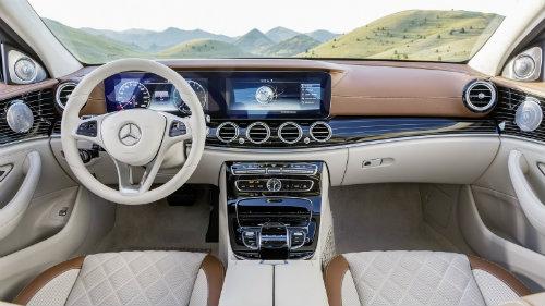 BMW 5-Series và Mercedes Benz E-Class: Ai bạo hơn ai? - 3