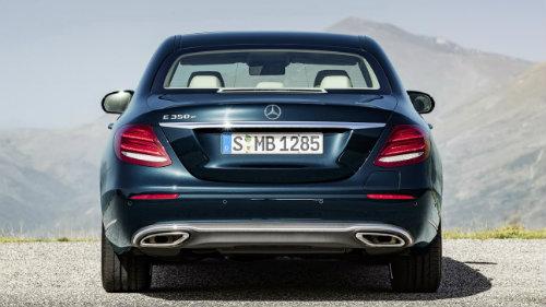 BMW 5-Series và Mercedes Benz E-Class: Ai bạo hơn ai? - 5