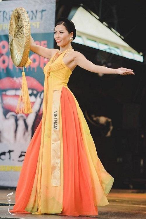 Ngắm quốc phục 'độc nhất' của 4 nhan sắc thi quốc tế - 3