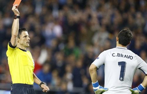 Góc chiến thuật Barca – Man City: Tự thua ngay từ đầu - 2