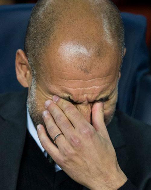 Man City bị Barca quần tả tơi, fan MU được dịp hả hê - 2