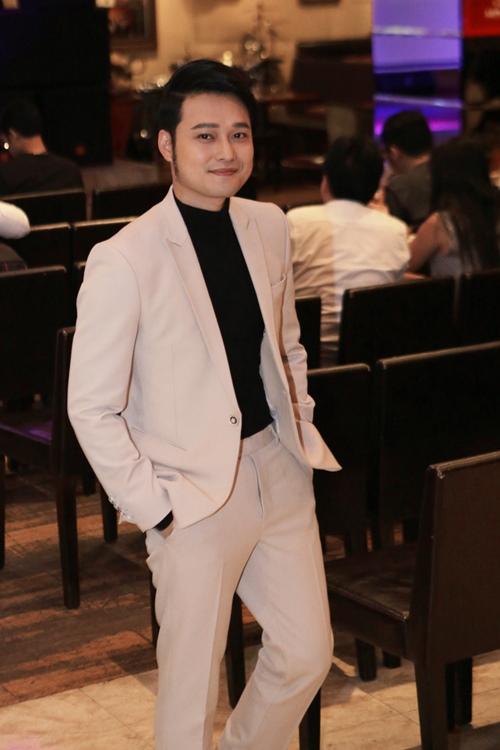 Ca sĩ Việt Nam đầu tiên ra mắt album bằng USB - 5
