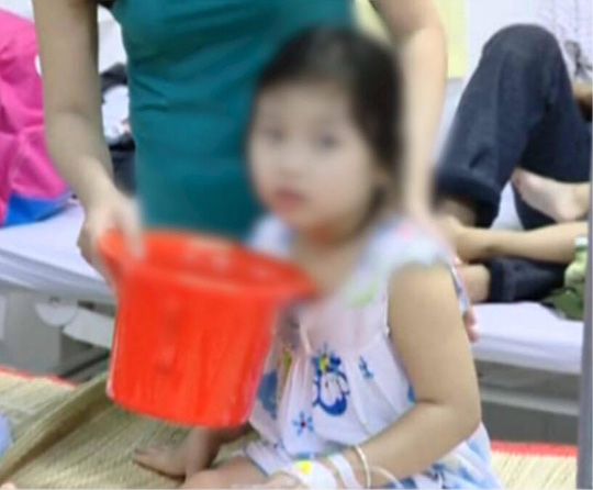 Phát hoảng vì 78 trẻ mầm non nghi ngộ độc cùng lúc - 1