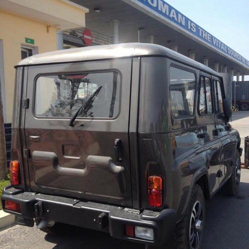 Loạt xe thương hiệu Nga bất ngờ xuất hiện tại Việt Nam - 3