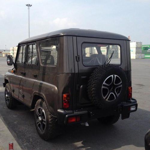 Loạt xe thương hiệu Nga bất ngờ xuất hiện tại Việt Nam - 8