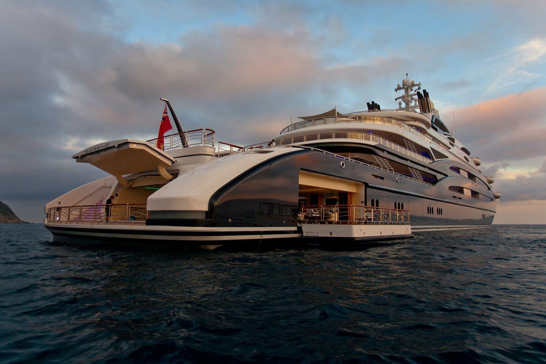 Hoàng tử Ả Rập mua du thuyền siêu sang 12 nghìn tỷ đồng - 4
