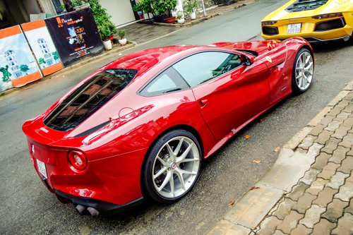 """Ferrari F12 Berlinetta giá gần 20 tỷ đã về tay Cường """"đô-la"""" - 3"""