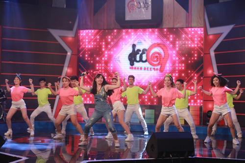 Sao Việt háo hức góp mặt đêm Chung kết tuyển chọn ca sĩ teen toàn năng - 5