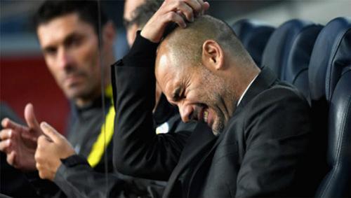 """Man City thua đau Barca, Pep bị """"lột mặt nạ"""" - 1"""