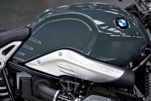 BMW tung hai tân binh RnineT cho phái đẹp - 14