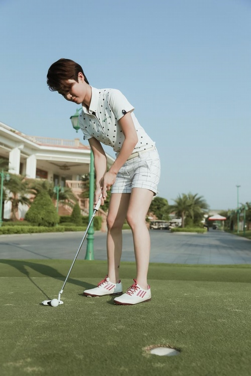 Choáng với sở thích chơi golf tốn kém của nữ MC đài VTV - 5