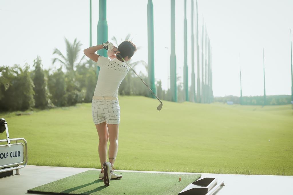 Choáng với sở thích chơi golf tốn kém của nữ MC đài VTV - 10