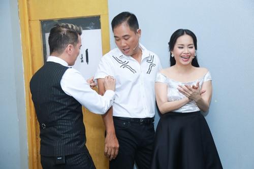 Mr. Đàm khéo léo trang điểm cho chồng Cẩm Ly - 4