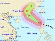 Siêu bão Haima giật cấp 16 vào Biển Đông