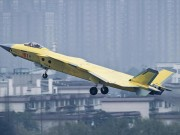 Thế giới - Lộ màu ngụy trang mới của tiêm kích tàng hình J-20