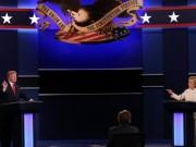 """Thế giới - Clinton đánh bại Trump bằng chính """"đòn"""" của đối thủ"""
