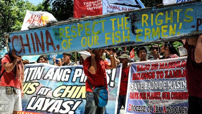 """Mỹ lúng túng khi Tổng thống Philippines nói """"cắt đứt"""" - 2"""