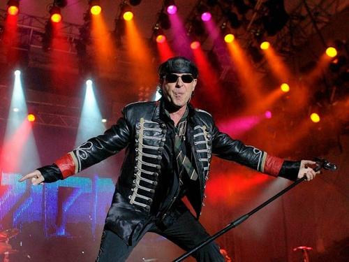 Still Loving You– Bản rock thất tình hay nhất của Scorpions - 5