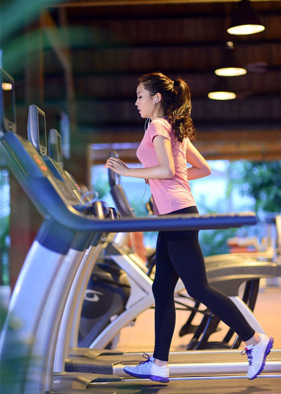 Kỳ Duyên gợi cảm, nuột nà tập gym khiến fan mê mệt - 10