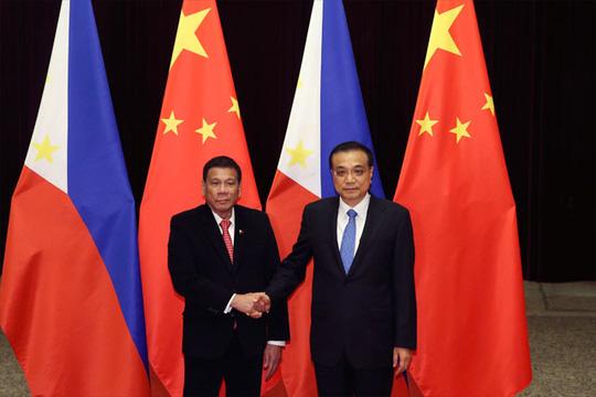 Duterte ngả về TQ, chiến lược Mỹ ở châu Á bên bờ sụp đổ - 3