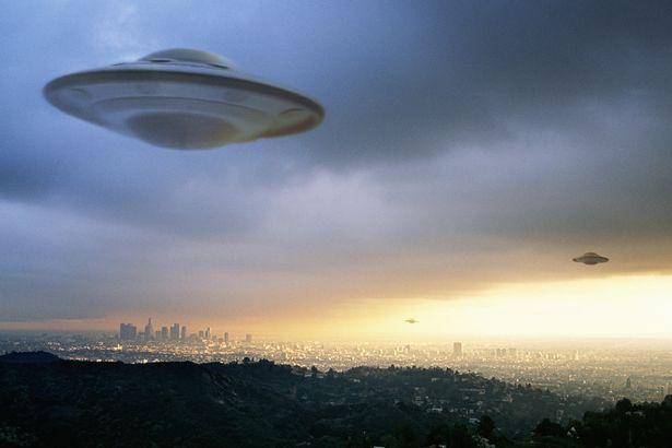 Vật thể bằng nhôm bí ẩn 25 vạn tuổi có thể rơi từ UFO cổ đại - 3