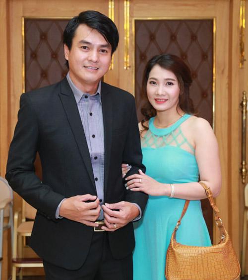 Vợ chồng Lý Hải xúc động dự lễ cưới của 60 cặp khuyết tật - 8