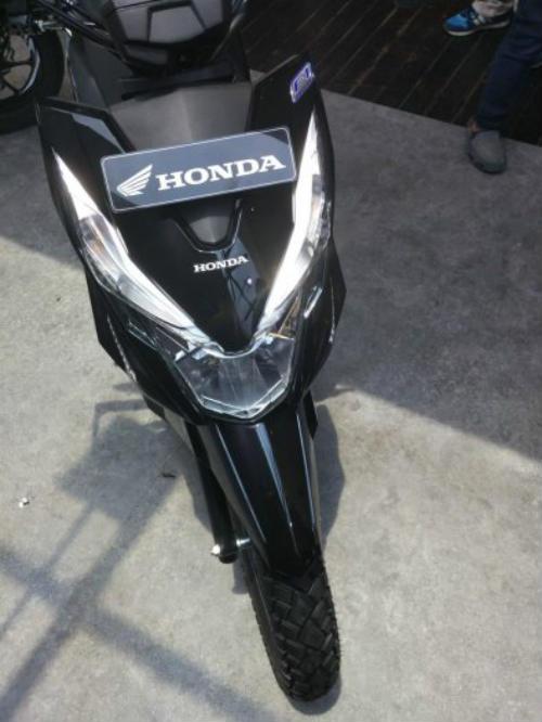 """Honda Beat Street giá 26 triệu đồng khiến giới trẻ """"thèm"""" - 7"""