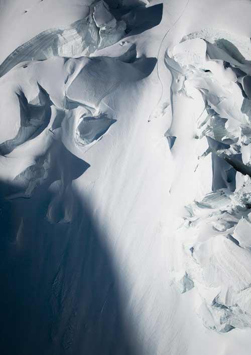Cảm tử: Trượt xuống đỉnh núi 4000m dựng đứng - 3