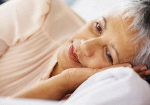 """5 sai lầm """"ngã ngửa"""" khiến người mất ngủ càng muốn ngủ càng khó ngủ - 1"""
