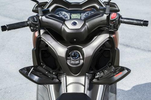 Tường tận siêu xe ga 2017 Yamaha X-Max 300 cho phái mạnh - 4