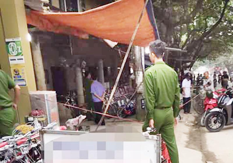 Hỗn chiến tại quán ăn đêm, 2 người bị đâm thương vong - 1