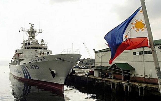 """Nhật """"trải thảm đỏ"""" mời Tổng thống Philippines đến thăm - 3"""