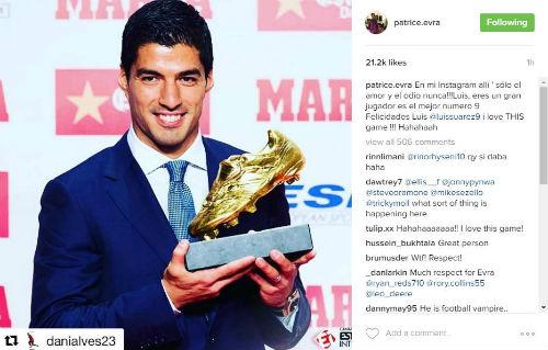 """Suarez nhận Giày vàng, """"kẻ thù"""" Evra chủ động làm hòa - 1"""