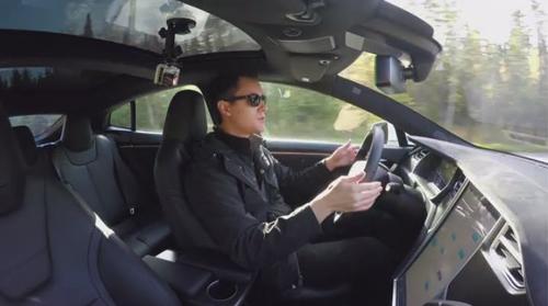Tesla tích hợp phần cứng lái xe tự động Level 5 cho tất cả mẫu xe - 1