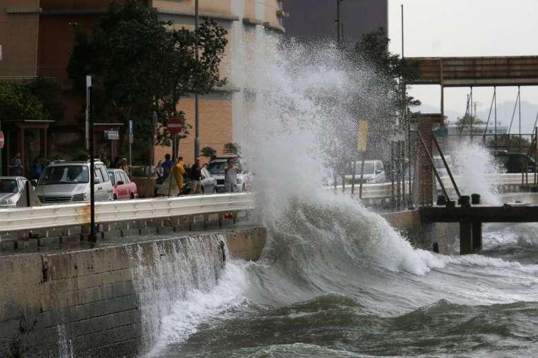Hồng Kông dừng mọi hoạt động, đối phó bão Haima - 4