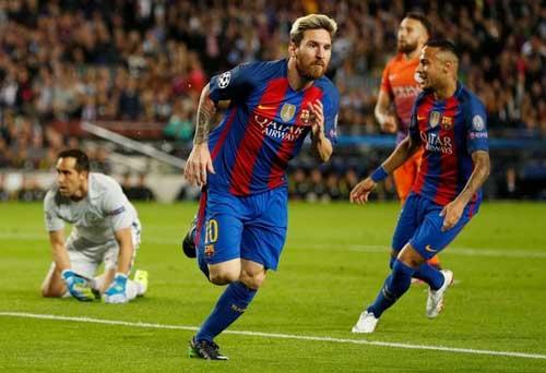 Messi - Ronaldo đua QBV FIFA: Trò đùa của số phận - 2