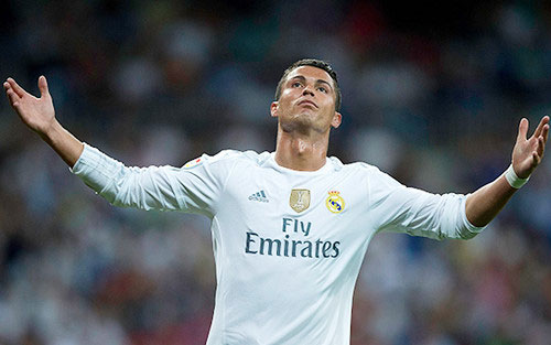 Messi - Ronaldo đua QBV FIFA: Trò đùa của số phận - 3