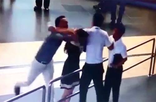 Triệu tập người liên quan vụ đánh nhân viên hàng không - 1