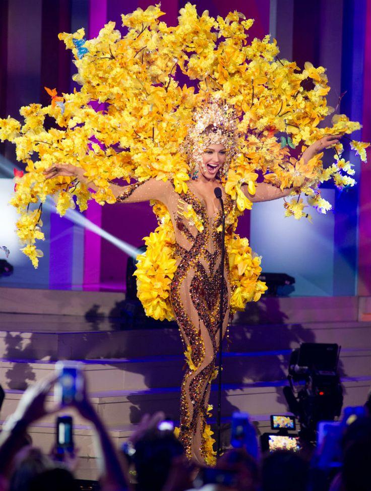 Trang phục dân tộc sexy tới ngạt thở ở cuộc thi hoa hậu - 5